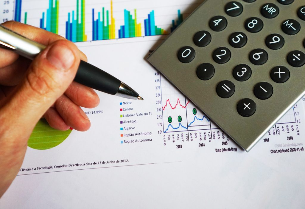 お金の勉強をする。お金の知識と投資の知識とチコちゃん。